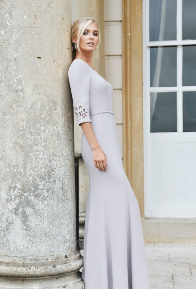 Classic crepe with sleeves in Raisin - True Bridesmaid